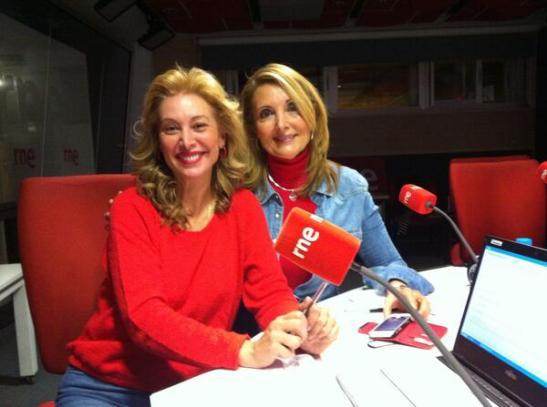 Teresa Viejo y Mila Cahue RNE La observadora 260514